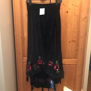 Zara black velvet embroidered crossover skirt sz S